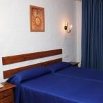 Zweibettzimmer mit Innenhof