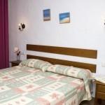 Doppel-oder Zweibettzimmer